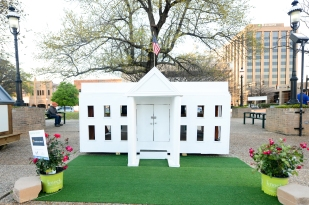 Playhouses on the Plaza Event 2018 (73)